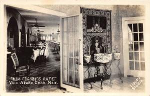 F61/ Foreign RPPC Postcard Mexico c1940s Villa Acuna Crosby's Café Interior