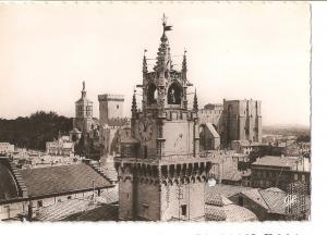Postal 035746 : Avignon - La Tour Jacquemart. La Cathedrale Notre Dame des Do...