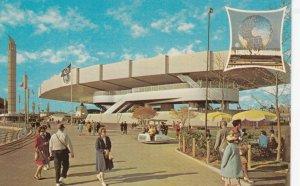 New York City World's Fair 1964-65 ; Bell Telephone Pavilion
