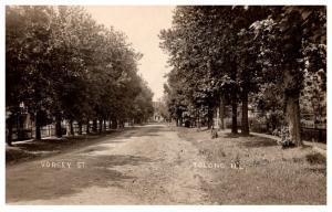 Illinois Tolong , Vorgey Street