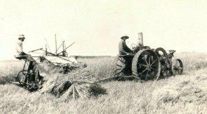C.1910 RPPC Tractor Cutting Oats on Miller Farm, Boyertown, PA. Postcard P165