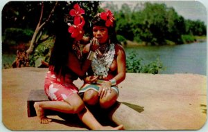 Vintage 1950s Panama Postcard DARIEN INDIANS Indian Women Dexter Chrome Unused