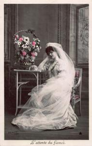 L'Attente du Fiance Arjalew Phot Wedding Dress Flowers Postcard