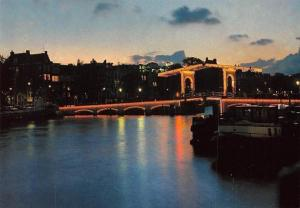Netherlands Amsterdam Magere Brug bij Nacht Night view Bridge Boats