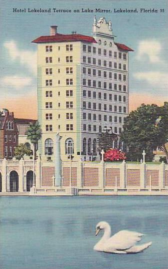 Hotel Lakeland Terrace on Lake Mirror, Lakeland, Florida, 30-40s