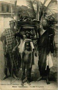 CPA AK CASABLANCA Famille Senegalaise MAROC (824466)