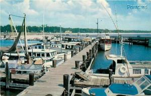 MS, Gulfport, Mississippi, Municipal Pier, Charter Boats, H.S. Crocker No SS-106