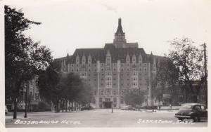 RP: SASKATOON , Saskatchewan , Canada , 1930-40s ; Bessborough Hotel