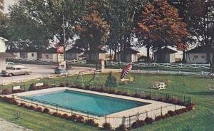 Swimming Pool,  Villa D'Autray Motel & Cabins,  Berthierville,  Quebec,  Cana...