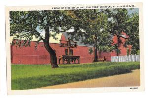 VA Williamsburg Virginia Colony Prison showing Stocks Vintage Linen Postcard