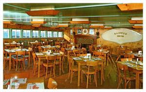 Rhode Island  Bristol , the Lobster Pot Restaurant , Dining Room