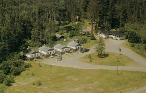 ATIKOKAN , Ontario , Canada , 50-60s ; Road Side Lodge