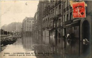 CPA PARIS La grande Crue de la Seine 1910 Quai des Grands-Augustins (579859)
