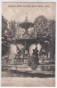 Fountain, Fultton St park, Grand Rapids MI