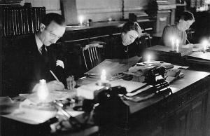 London Bishopsgate Fuel Crisis Clerks Royal Bank Scotland 1947 Nostalgia Reprint