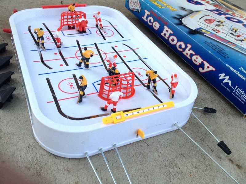 Vintage Table Top Ice Hockey Plastic/Metal Game # IH665 MADE USA Toy Feldstein