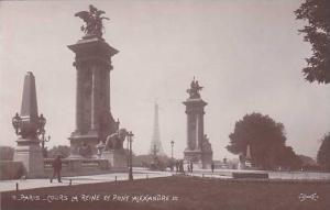 RP; Cours la reine et pont Alexandre III, Paris, France, 00-10s