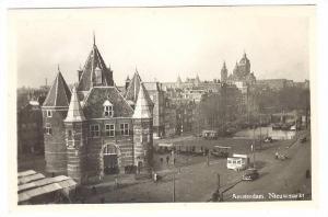 RP: Amsterdam , Netherlands , 30-40s ; Nieuwmarkt