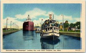 Sault Ste. Marie, Michigan Postcard Excursion Boat MESSENGER at Locks Linen