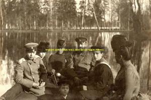 mm483 - Czar Alexander III Romanov& family at Gatchina Park - Royalty photo 6x4