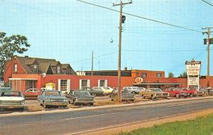 Columbiana OH Theron's Country IGA Store Restaurant Old Cars Postcard