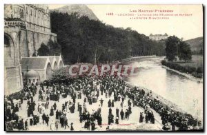 Old Postcard Lourdes The crowd of pilgrims going to the miraculous grotto