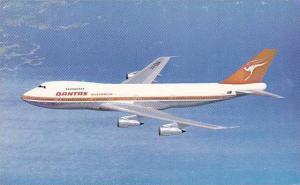Quantas Airways Boeing 747B in flight, 40-60s