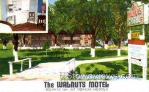 The Walnuts Motel in Mt Vernon, Missouri