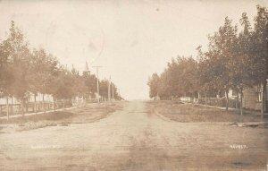 LPS37 Edgeley North Dakota Street View Postcard RPPC