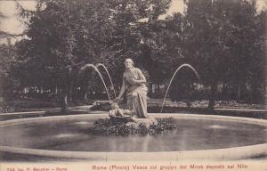 Italy Roma Rome Pincio Vasca col gruppo del Mose deposto sul Nilo