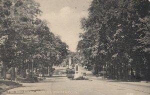MERIDEN , CT , 1941 ; Broad Street