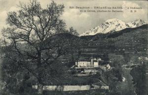 CPA Dauphiné - URIAGE-les-BAINS - Le Chateau et le Colon (123755)