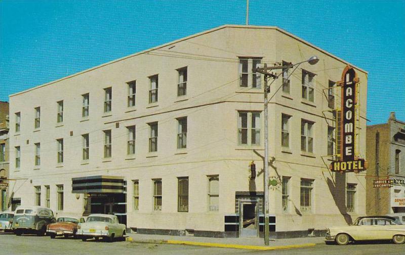 Hotel , Lacombe , Alberta , Canada , 40-60s