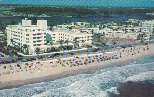 Florida Fort Lauderdale A Part Of The Wide Sandy Beach With The Louderdale Be...