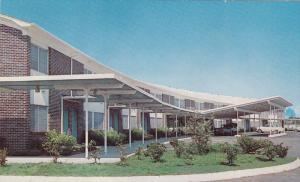 Exterior,  Groton Motor Inn,  A Knott Hotel,  Groton,  Connecticut,  40-60s