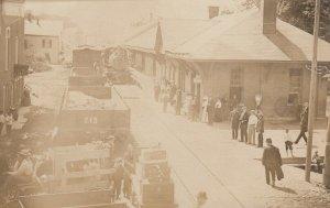 RP: GRANVILLE , New York , 1900-10s ; Railroad Train Depot