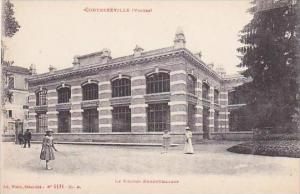 France Contrexeville Vosges Le Nouvel Embouteilage