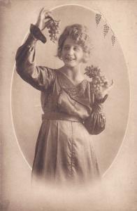 Woman with grapes portrait , 00-10s, 5/6