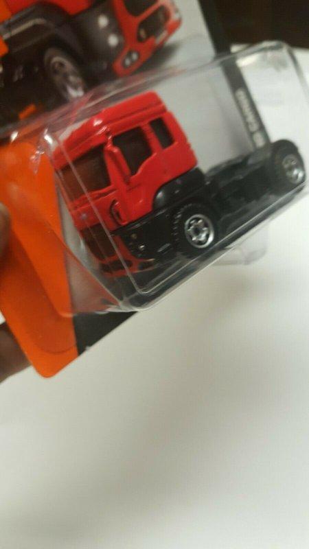 Matchbox Toy Car #3 13 Ford Cargo