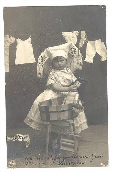 RP: Girl gives doll a bath , PU-1912