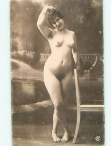 c1910 Risque NUDE ITALIAN GIRL POSING AT STUDIO IN ITALY AB7262