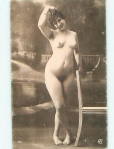 c1910 Risque NUDE ITALIAN GIRL POSING AT STUDIO IN ITALY AB7262