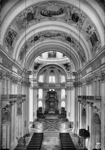 Salzburger Dom von Solari unter Bischof Cathedral Interior view
