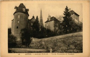 CPA Autun Tours Romaine et Carree FRANCE (952586)