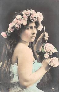 Postcard Lady, femme, Roses rosen Belgique Belgie 1913