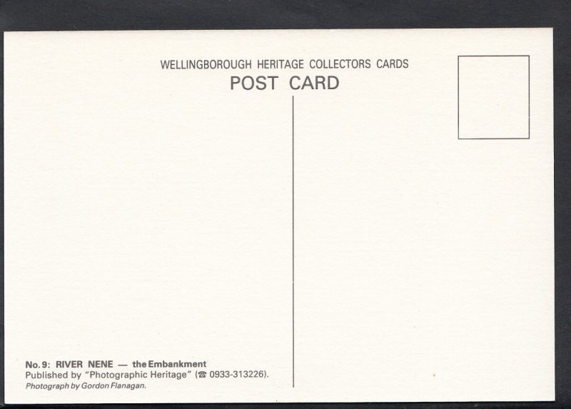Northamptonshire Postcard - River Nene - The Embankment   MB2153