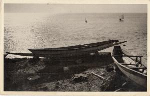 Dakar Senegal un coin de la corniche canoe boat