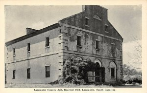 LP70   Bayard Wootten Lancaster South Carolina County Jail    Postcard
