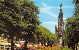 Pricnes Street Gardens and The Scott Monument Bus Edinburgh
