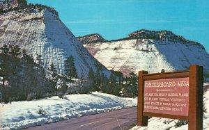Zion National Park, UT, Winter, Checkerboard Mesa, Chrome Vintage Postcard g9258